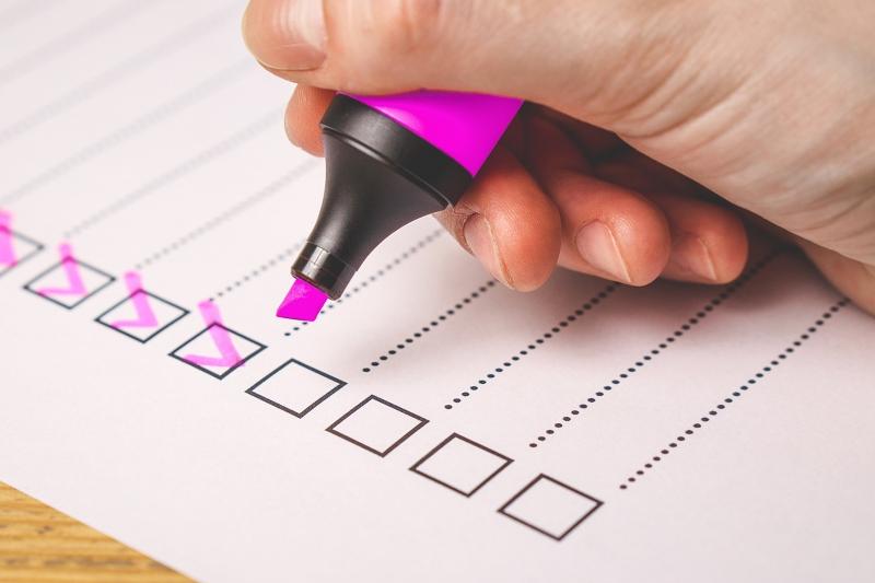 Critérios de avaliação de resumos